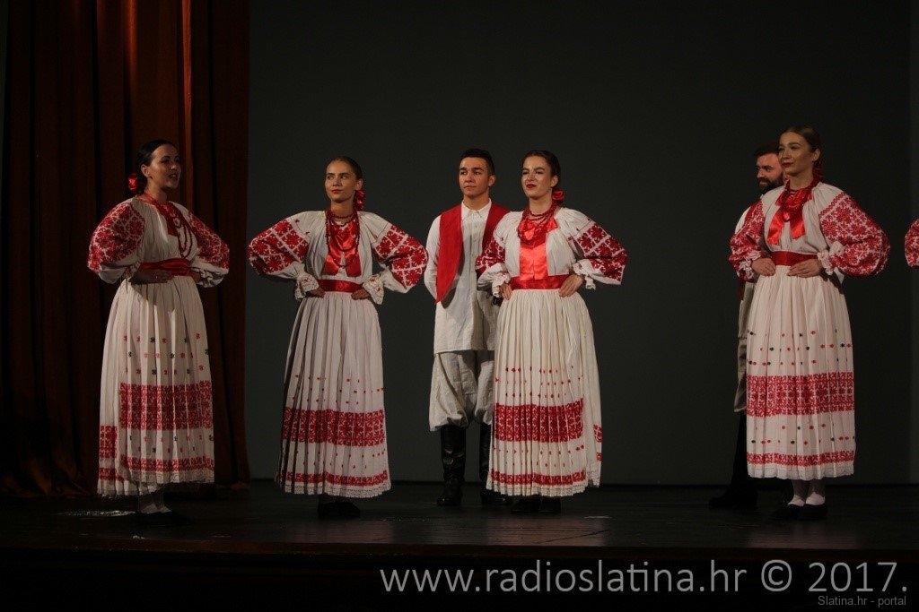 23.-Medunarodna-smotra-folklora-u-organizaciji-KUD-a-Dika-Slatina-25